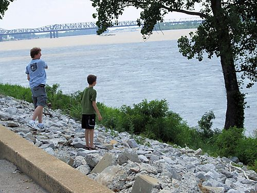 Mud Island / Mississippi River